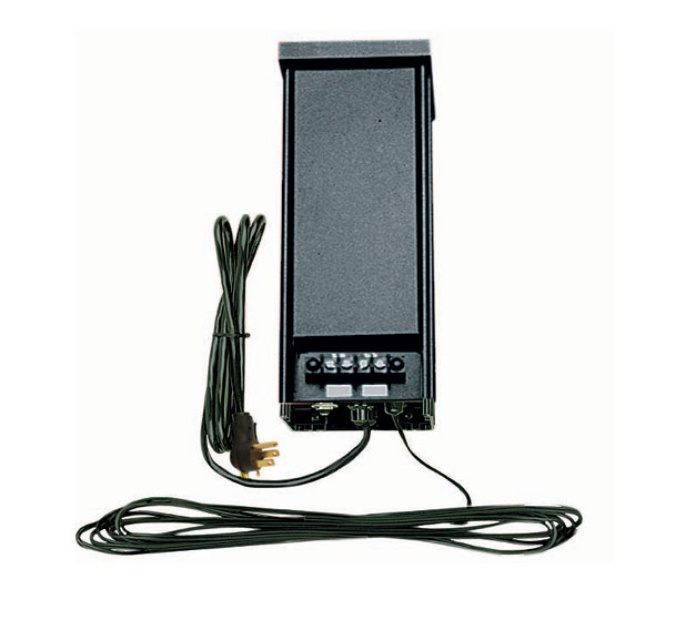 Aluminum 600 Watt Transformer With Mechanical Timer and Photo Cell Black