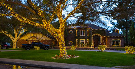 House decorated in Holiday Lighting